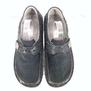Shoes - Alegria Women's Professional Shoes Size 8